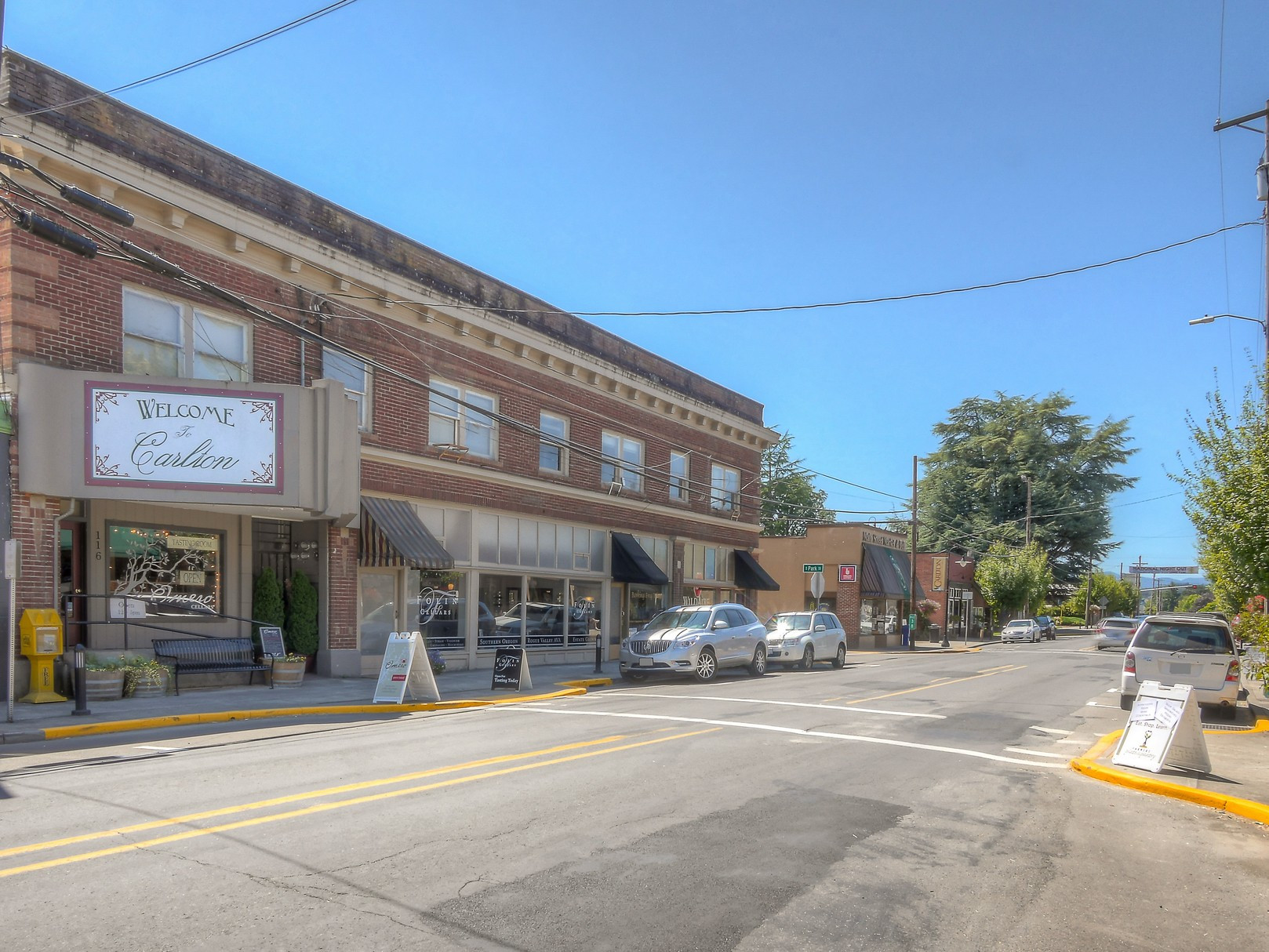 9-welcome-to-carlton-oregon-downtown-the-kelly-group-real-estate